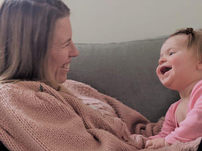 beste 2020 mama en baby lachen