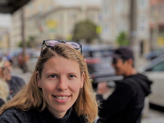 peaks nieuwe kostenstrcutuur vrouw in SF
